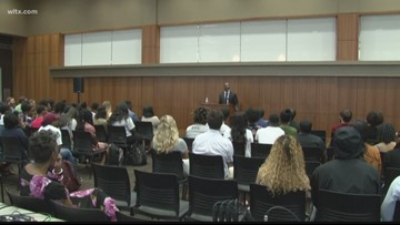 USC holds forums for next president