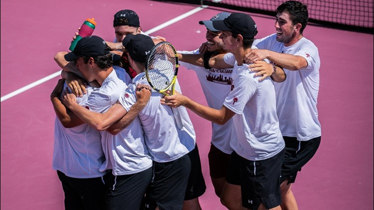 Gamecock men's tennis advance to Sweet 16