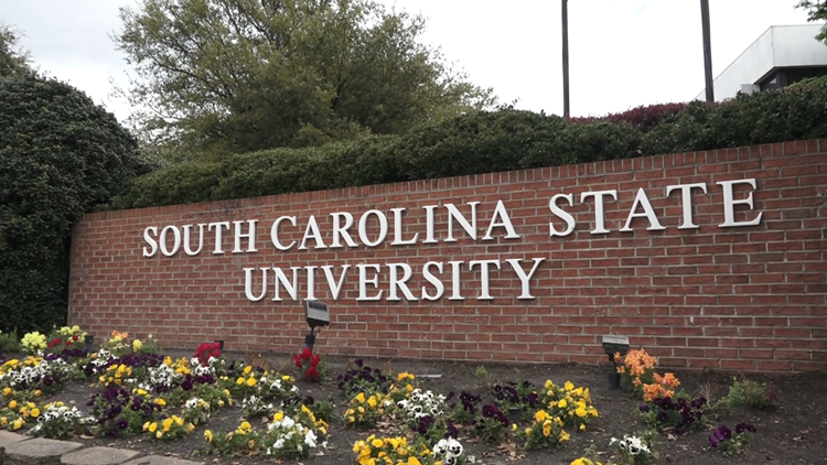 Some SC State University faculty members calling for new leadership