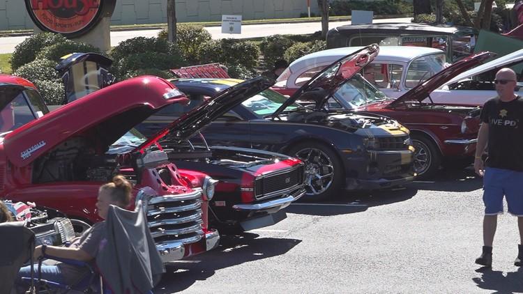 Carolina Ale House Car Show