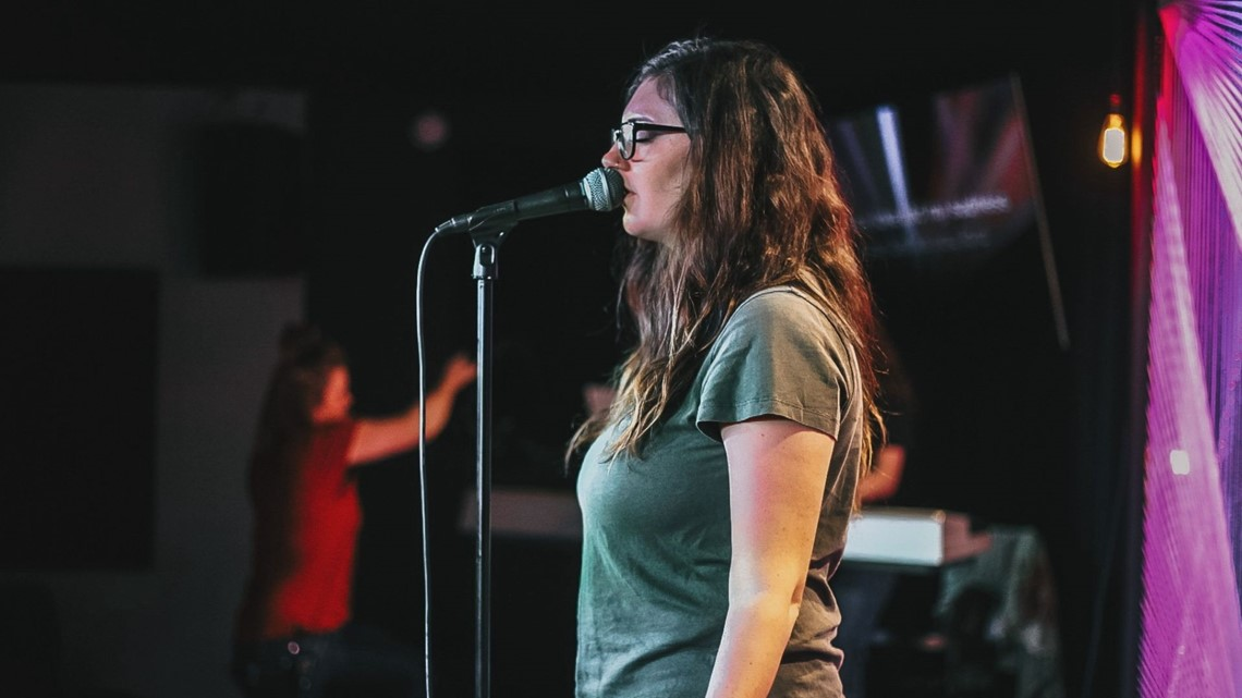 Irmo mom finalist in national singing competition