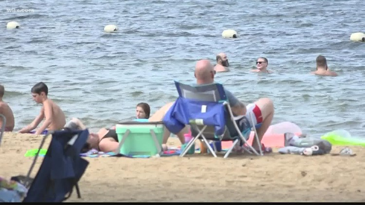 Folks enjoy Labor Day weekend at Lake Murray