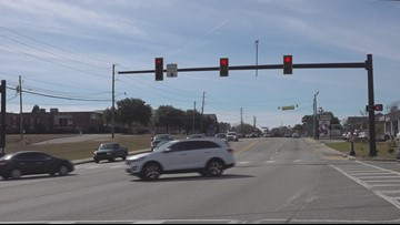 """""""We'll be glad to look into it,"""" Lexington Mayor checking on traffic lights censors"""