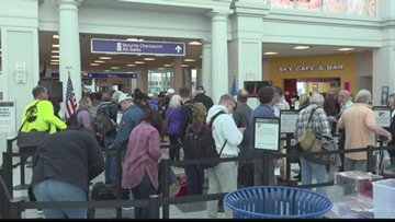 Columbia airport sets new record for Thanksgiving travel