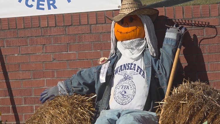 How a South Carolina town is using scarecrows to put meals on tables