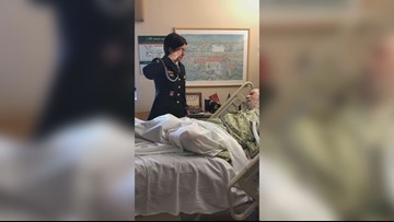 Hundreds gather at dying veteran's bedside thanking him for service