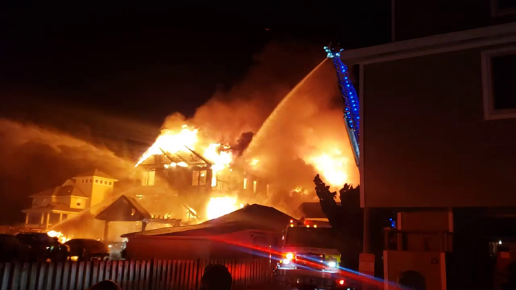 More than 70 people reportedly displaced following massive house fire in Kill Devil Hills, NC; Four other homes damaged