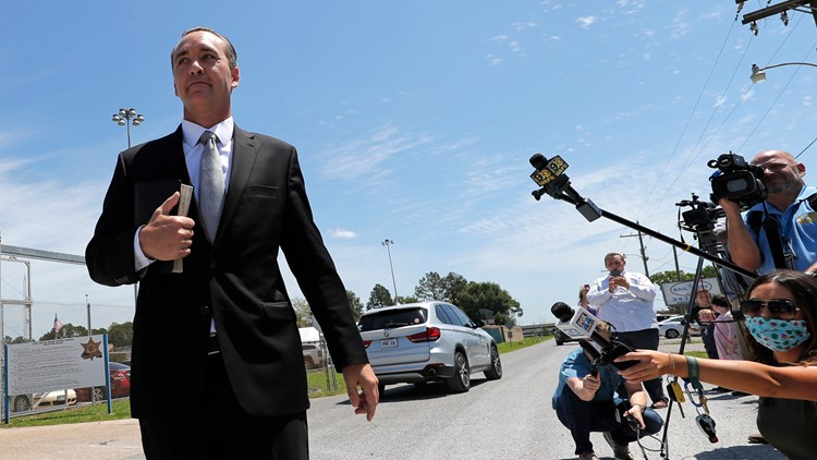 Louisiana pastor defies house arrest, again holds service during coronavirus order