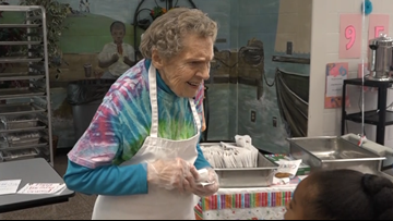 Georgia cafeteria worker celebrates 95th birthday with her students