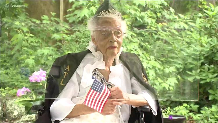 Only living Tuskegee Airmen nurse celebrates 100th birthday