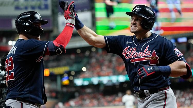Braves strike first in World Series
