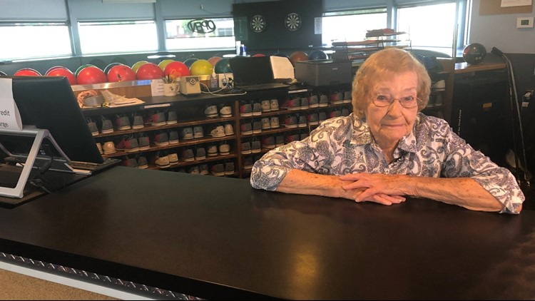 'COME ON EILEEN': Grand Rapids woman retires from job at 95